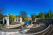 Łazienki Królewskie w Warszawie - amfiteatr, Polska<br /> Royal Baths Park in Warsaw - amphitheater, Poland