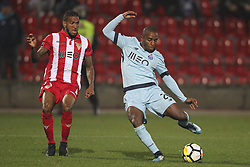 November 25, 2017 - Aves, Guimaraes, Portugal - Porto's Portuguese defender Ricardo Pereira kick for goal during the Premier League 2017/18 match between CD Aves vs FC Porto at the Aves stadium in Vila das Aves on November 25, 2017. (Credit Image: © Dpi/NurPhoto via ZUMA Press)