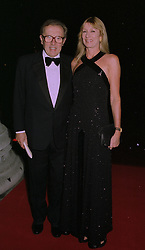 SIR DAVID & LADY CARINA FROST at an exhibition in London on 1st October 1997.MBU 51