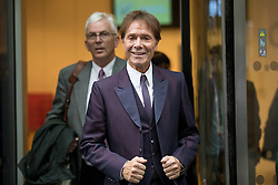 © Licensed to London News Pictures. 12/04/2018. London, UK. Sir Cliff Richard leaves the Rolls Building at the Royal Courts of Justice, following the trial in legal battle between Sir Cliff Richard and the BBC. The performer is suing the BBC after it broadcast pictures and named Sir Cliff as a suspect in an alleged historical sexual assault. Photo credit : Tom Nicholson/LNP