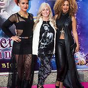 NLD/Ede/20140615 - Premiere film Heksen bestaan niet, Eva Simons , Do , Dominique van Hulst en Sharon Doorson