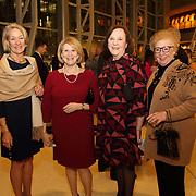 Carolyn Farrell, Anne von der Heydt, Linda Lee, Sara Fabick