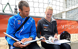 20150618 NED: WK Beach volleybal boek presentatie, Den Haag<br /> Ter gelegenheid van het WK Beachvolleybal in Nederland is vandaag het boek 'In de ban van Beachvolleybal' verschenen. Het bijna 250 pagina's dikke boek gaat over de roots, de ontwikkeling en het succes van beachvolleybal in Nederland / Jochem de Gruijter, Madelein Meppelink