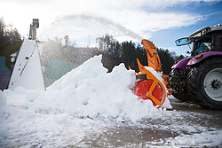 23.12.2014, Bergisel Schanze, Innsbruck, AUT, FIS Ski Sprung Weltcup, 63. Vierschanzentournee, Vorberichte, im Bild Beschneiungsarbeiten an der Sprungschanze // Snowmaking work on the ski jumping hill during preparation of 63rd Four Hills Tournament of FIS Ski Jumping World Cup at the Bergisel Hill in Innsbruck, Austria on 2014/12/23. EXPA Pictures © 2014, PhotoCredit: EXPA/ Johann Groder