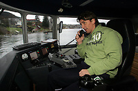 """Hånball <br />11/01-06<br />Spa Hjelmeland<br />Foto: Sigbjørn Andreas Hofsmo, Digitalsport<br /><br />Preben Vildalen trivdes godt i rollen som """"skipper"""" på båten spillerne tok fra stavanger til Hjelmeland,"""