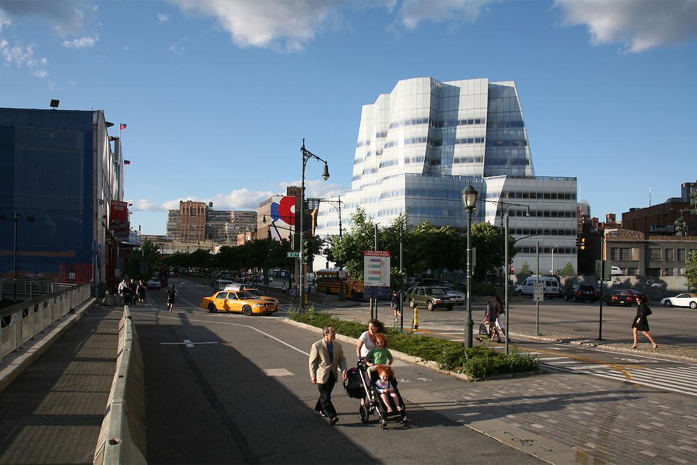 IAC Building, New York. Architect Frank Gehry (FOGA)<br /> Photo by Robin Hill (c)