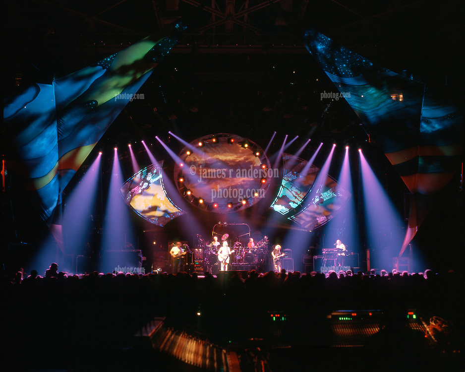 Grateful Dead in Concert 29 September 1994 at The Boston Garden. Image No. 94GDC52-09. Stage, Set and Lighing Design View. Photography taken from the lighting booth for Candace Brightman LD.
