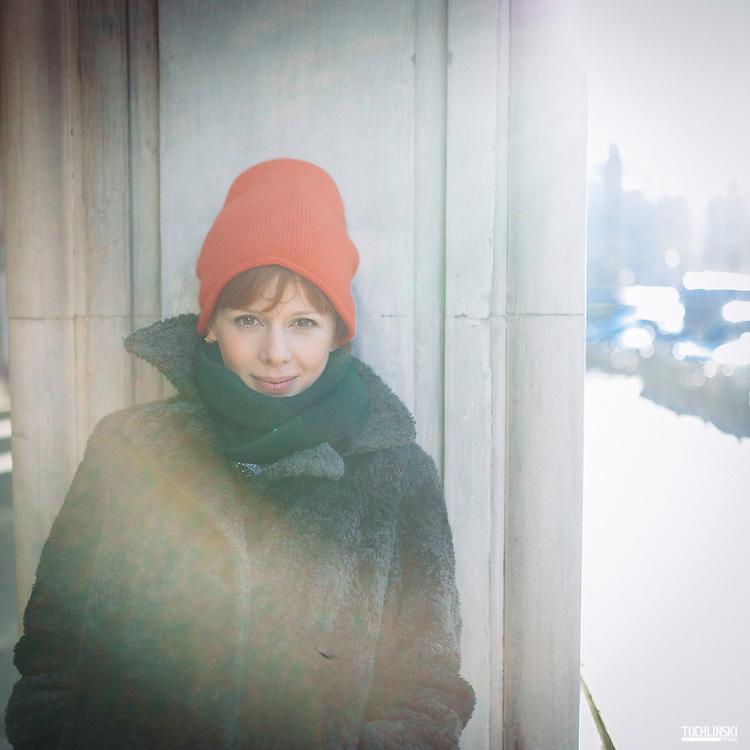 13.12.2016 Warszawa Sesja Zdjęciowa, Karolina Gruszka Aktorka.<br /> Fot. Adam Tuchlinski dla Newsweek Polska <br /> Make up Kasia Rawska