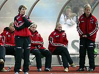 Fotball<br /> Landskamp J15/16 år<br /> Tidenes første landskamp for dette alderstrinnet<br /> Sverige v Norge 1-3<br /> Steungsund<br /> 11.10.2006<br /> Foto: Anders Hoven, Digitalsport<br /> <br /> Lena Tyriberget - trener Norge