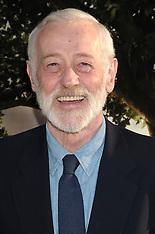 John Mahoney 1940 - 2018