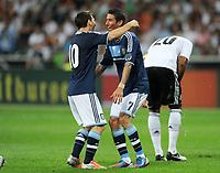 Fotball<br /> Tyskland v Argentina<br /> 15.08.2012<br /> Foto: Witters/Digitalsport<br /> NORWAY ONLY<br /> <br /> 0:3 Jubel v.l. Lionel Messi, Angel Di Maria (Argentinien)<br /> Fussball Testspiel, Deutschland - Argentinien 1:3