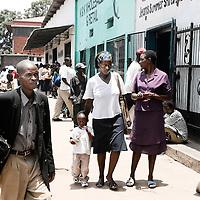 Harare, Zimbabwe 17 November 2007<br /> Cameron Street, centre of Harare.<br /> Photo: Ezequiel Scagnetti