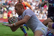 Twickenham, United Kingdom 25th May 2019 HSBC London Sevens, James RODWELL,  dropping down for a try during the England vs Scotland match, played at  the  RFU Stadium, Twickenham, England, <br /> © Peter SPURRIER: Intersport Images<br /> <br /> 15:27:03 25.05.19
