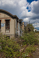 Paris 12 ardt, former railway line around paris, la petite ceinture; Industrial wasteland /  la petite ceinture ferroviaire de Paris. Friche industrielle.