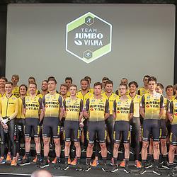 21-12-2018: Wielrennen: Presentatie Team Jumbo: Veghel<br />Op de hoofdvestiging van Jumbo Supermarkten zijn de wielrenners en schaatsers van Jumbo-Visma gepresenteerd