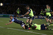 Gareth Anscombe of the Cardiff Blues scores his teams 1st try.  Guinness Pro12 rugby match, Cardiff Blues v Leinster at the Cardiff Arms Park in Cardiff, South Wales on Saturday 1st October 2016.<br /> pic by Andrew Orchard, Andrew Orchard sports photography.