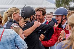 KLIMKE Ingrid(GER), TOUZAINT Nicolas (FRA), SIEMER Anna (GER)<br /> Luhmühlen - LONGINES FEI Eventing European Championships 2019<br /> Impressionen am Rande<br /> Finales Springen<br /> Show Jumping<br /> 01. September 2019<br /> © www.sportfotos-lafrentz.de/Stefan Lafrentz