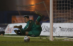 Jonathan Bond of Peterborough United saves the match winning penalty during the penalty shoot-out - Mandatory by-line: Joe Dent/JMP - 09/01/2018 - FOOTBALL - Kenilworth Road - Luton, England - Luton Town v Peterborough United - Checkatrade Trophy