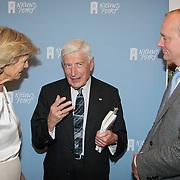"""NLD/Den Haag/20110912 - Boekpresentatie Annemarie Gualtherie van Weezel """" De Smaak van de Macht"""", Dries van Agt in gesprek met Prinses Irene en Prins Carlos Xavier Bourbon de Parma"""