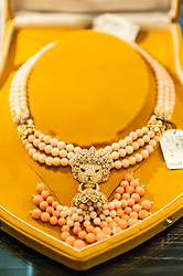 © Licensed to London News Pictures. 26/02/2016. London, UK. A pearl necklace on display.  Property from the personal collection of Deborah, Duchess of Devonshire (1920-2014), will be offered for sale at Sotheby's on 2 March,  The youngest of the Mitford Sisters, the Duchess was the chatelaine of Chatsworth, one of England's greatest stately homes, and at the heart of British rural, cultural and political life.  The proceeds of the items in the eclectic collection are expected to realise £500,000 to £700,000. Photo credit : Stephen Chung/LNP