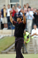 Golf, 2005 Open Championship, St. Andrews.<br /> Pic Noah Boardman/Digitalsport<br /> Sunday 17/07/2005<br /> Tiger Woods wins the Open Championship