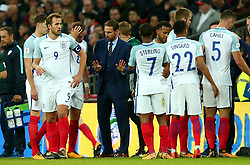 England Manager Gareth Southgate speaks to his players - Mandatory by-line: Robbie Stephenson/JMP - 05/10/2017 - FOOTBALL - Wembley Stadium - London, United Kingdom - England v Slovenia - World Cup qualifier