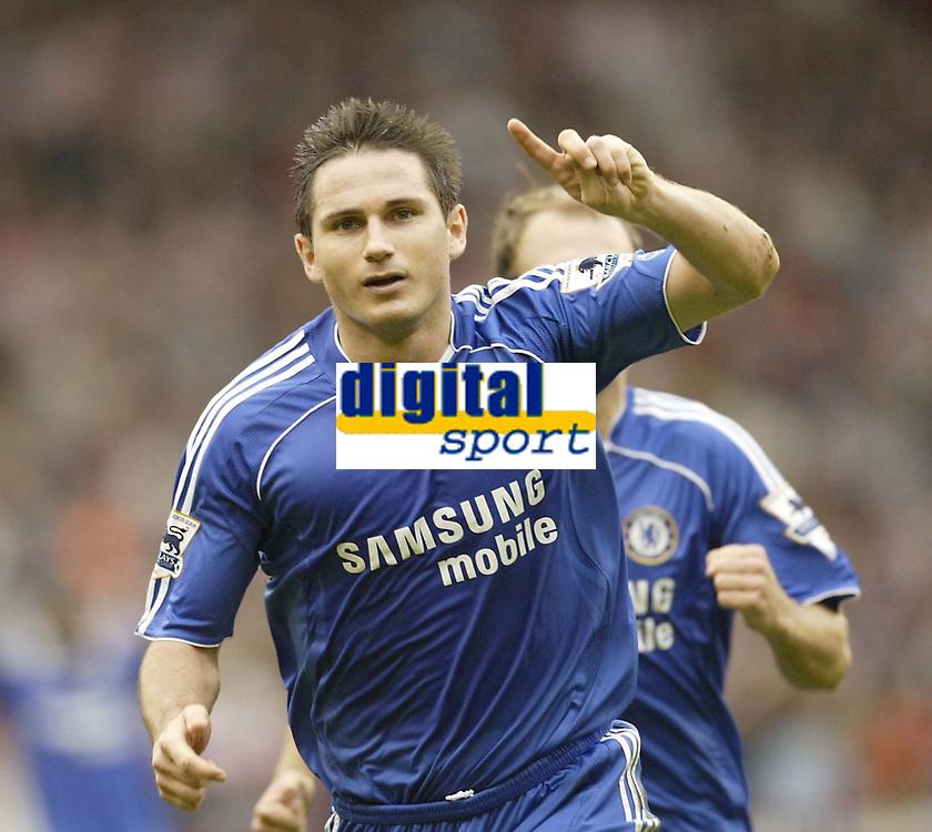 Photo: Aidan Ellis.<br /> Sheffield United v Chelsea. The Barclays Premiership. 28/10/2006.<br /> Chelsea's Frank Lampard celebrates scoring the first goal