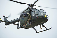 """03 APR 2012, LEHNIN/GERMANY:<br /> Scharfschuetzen feuern von einem Hubschrauber BO 105 Kampfschwimmer der Bundeswehr trainieren """"an Land"""" infanteristische Kampf, hier Haeuserkampf- und Geiselbefreiungsszenarien auf einem Truppenuebungsplatz<br /> IMAGE: 20120403-01-133<br /> KEYWORDS: Marine, Bundesmarine, Soldat, Soldaten, Armee, Streitkraefte, Spezialkraefte, Spezialkräfte, Kommandoeinsatz, Übung, Uebung, Training, Spezialisierten Einsatzkraeften Marine, Waffentaucher"""