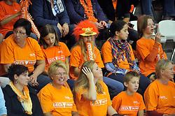 18-09-2011 VOLLEYBAL: DELA TROPHY NEDERLAND - TURKIJE: ALMERE<br /> Nederland wint met 3-0 van Turkije en wint hierdoor de DELA Trophy / Oranje publiek support<br /> ©2011-FotoHoogendoorn.nl
