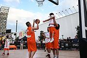 Basketball: ING-DiBa German Championship 3x3, Deutsche Meisterschaft, Hamburg, 05.08.2017<br /> Charity-Spiel: Schauspieler Carsten Spengemann (r.)<br /> (c) Torsten Helmke