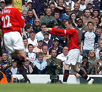 Photo: Leigh Quinnell.<br /> Tottenham Hotspur v Manchester United. The Barclays Premiership. 17/04/2006. Wayne Rooney celebrates his second goal for Man Utd.