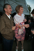 Eric Greatrex and Grayson Perry, Allora & Calzadilla: Clamor - private view. Serpentine Gallery. 17 April 2007.  -DO NOT ARCHIVE-© Copyright Photograph by Dafydd Jones. 248 Clapham Rd. London SW9 0PZ. Tel 0207 820 0771. www.dafjones.com.