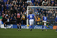Photo: Pete Lorence.<br />Leicester City v West Bromwich Albion. Coca Cola Championship. 24/02/2007.<br />Diomansy Kamara converts from the penalty spot, taking West Brom to 1-0.
