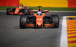 August 25, 2017 - Spa Francorchamps, Vlaanderen, belgique - Spa 25/08/2017 Formule 1 /GP F1 Belgique /Vendredi/Essais 1/.Alonso N∞14 McLaren-Vandoorne N∞2 McLaren  (Credit Image: © Panoramic via ZUMA Press)