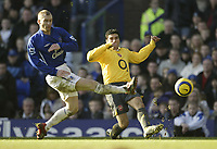 Photo: Aidan Ellis.<br /> Everton v Arsenal. The Barclays Premiership. 21/01/2006.<br /> Everton's Tony Hibbert blocks a cross from Arsenal's Jose Antonio Reyes