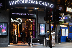 © Licensed to London News Pictures. 20/03/2020. London, UK. Last bar standing,The Hippodrome Casino, usually open 24 hours under circumstance prepares to close before midnight inline with the government's announcement that all bars, pubs and restaurants must be closed today in the latest step to curb the coronavirus outbreak.  Photo credit: Guilhem Baker/LNP
