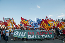May 27, 2017 - Rome, Italy, Italy - Manifestation in Rome of workers of Alitalia airline, which challenges the precariousness of working conditions and uncertainty for the future and calls for the nationalization of the company. In the workers' square of many other companies in crisis. (Credit Image: © Patrizia Cortellessa/Pacific Press via ZUMA Wire)