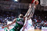 DESCRIZIONE : Varese Lega A 2013-14 Cimberio Varese Sidigas Avellino<br /> GIOCATORE : <br /> CATEGORIA : Rimbalzo<br /> SQUADRA : Cimberio Varese<br /> EVENTO : Campionato Lega A 2013-2014<br /> GARA : Cimberio Varese Sidigas Avellino<br /> DATA : 03/11/2013<br /> SPORT : Pallacanestro <br /> AUTORE : Agenzia Ciamillo-Castoria/I.Mancini<br /> Galleria : Lega Basket A 2013-2014  <br /> Fotonotizia : Varese Lega A 2013-14 Cimberio Varese Sidigas Avellino<br /> Predefinita :