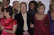 terry O'Neill in centre. Pantene Pro-V Award Winners for the Year 2000. Royal Albert Hall. 19 October 2000. © Copyright Photograph by Dafydd Jones 66 Stockwell Park Rd. London SW9 0DA Tel 020 7733 0108 www.dafjones.com