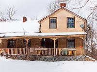 https://Duncan.co/yellow-house-in-the-snow