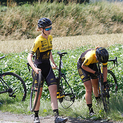 ZULTE (BEL) July 11 CYCLING: <br /> 4th Stage Baloise Belgium tour <br /> Rider after a crash changing a wheel