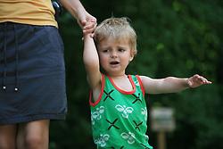 Mati z otrokom, 27. junija 2008, Dolenjske toplice, Slovenija. (Photo by Vid Ponikvar / Sportal Images)