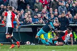 25-02-2017 NED: Feyenoord - PSV, Rotterdam<br /> 24e speelronde van seizoen 2016-2017, De Kuip / Terence Kongolo #4 of Feyenoord, Luuk de Jong of PSV of PSV