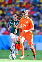 29.06.2014, Castelao, Fortaleza, BRA, FIFA WM, Niederlande vs Mexico, Achtelfinale, im Bild Klaas Jan Huntelaar (Niederlande) // during last sixteen match between Netherlands and Mexico of the FIFA Worldcup Brazil 2014 at the Castelao in Fortaleza, Brazil on 2014/06/29. EXPA Pictures © 2014, PhotoCredit: EXPA/ fotogloria/ Best Photo Agency<br /> <br /> *****ATTENTION - for AUT, FRA, POL, SLO, CRO, SRB, BIH, MAZ only*****