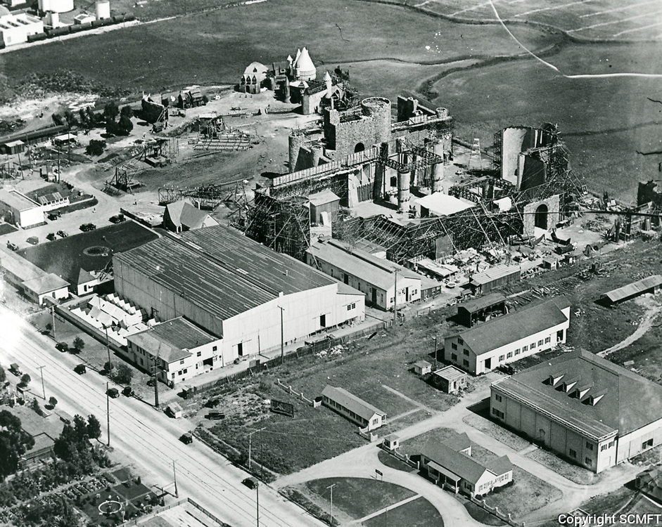 1922 Aerial of Pickford-Fairbanks Studios on Formosa Ave. in Hollywood