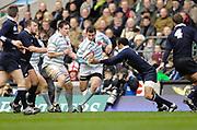 Twickenham. GREAT BRITAIN, David TIBBOTT cut's inside, during the 2006 Varsity Rugby Match at Twickenham Stadium, England 12.12.2006. [Photo, Peter Spurrier/Intersport-images] Sponsor, Lehman Brothers,