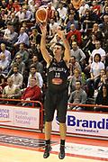 DESCRIZIONE : Campionato 2015/16 Giorgio Tesi Group Pistoia - Pasta Reggia Caserta<br /> GIOCATORE : Cinciarini Daniele<br /> CATEGORIA : Tiro Tre Punti <br /> SQUADRA : Pasta Reggia Caserta<br /> EVENTO : LegaBasket Serie A Beko 2015/2016<br /> GARA : Giorgio Tesi Group Pistoia - Pasta Reggia Caserta<br /> DATA : 15/11/2015<br /> SPORT : Pallacanestro <br /> AUTORE : Agenzia Ciamillo-Castoria/S.D'Errico<br /> Galleria : LegaBasket Serie A Beko 2015/2016<br /> Fotonotizia : Campionato 2015/16 Giorgio Tesi Group Pistoia - Pasta Reggia Caserta<br /> Predefinita :