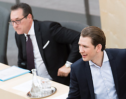 17.04.2018, Hofburg, Wien, AUT, Parlament, Sitzung des Nationalrates mit Generaldebatte über das Doppelbudget 2018 und 2019, im Bild Vizekanzler Heinz-Christian Strache (FPÖ) und Bundeskanzler Sebastian Kurz (ÖVP) // Austrian Vice Chancellor Heinz-Christian Strache and Austrian Federal Chancellor Sebastian Kurz during meeting of the National Council of Austria regarding on federal budget for 2018 and 2019 at Hofburg palace in Vienna, Austria on 2018/04/17, EXPA Pictures © 2018, PhotoCredit: EXPA/ Michael Gruber