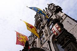THEMENBILD - Gouda ist eine Gemeinde sowie eine Stadt in der Provinz Süd Holland. Die Stadt ist bekannt für den Gouda Käse, die Stroopwafeln, die vielen Grachten sowie dem Rathaus aus dem 15. Jahrhundert. im Bild das Rathaus, Aufgenommen am 28. Juli 2016 in Gouda // Gouda is a municipality and city in the province of South Holland, the Netherlands. The city is famous for its Gouda cheese, stroopwafels, many grachten and its 15th-century city hall. This picture shows the city hall, Gouda, Netherlands on 2016/07/28. EXPA Pictures © 2016, PhotoCredit: EXPA/ Sebastian Pucher
