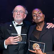 NLD/Amsterdam/20170917 - Gala van het Nederlands Theater 2017, Hans Croiset, winnaar Louis d'Or 2017 en Romano Vrede, winnaar Theo d'Or 2017